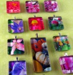 Glass tile photo pendants