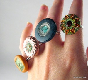 Glittery button rings