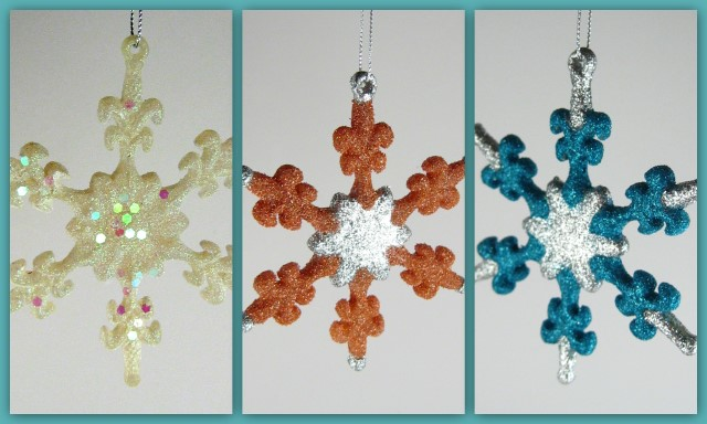 Glittered snowflake ornaments with Art Glitter